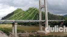 Cầu treo Đakrông