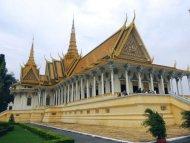 Cung điện hoàng gia Campuchia - Ảnh: Tùng Lâm