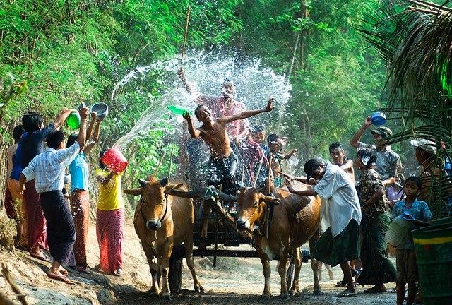 Tết Thingyan ở Myanmar