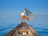 Đánh cá trên hồ Inle - Myanmar