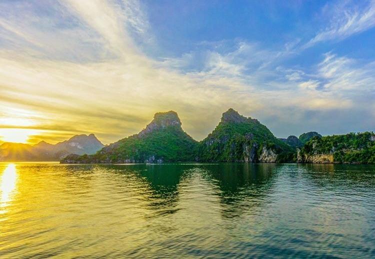 Đảo Mắt Rồng - Hạ Long