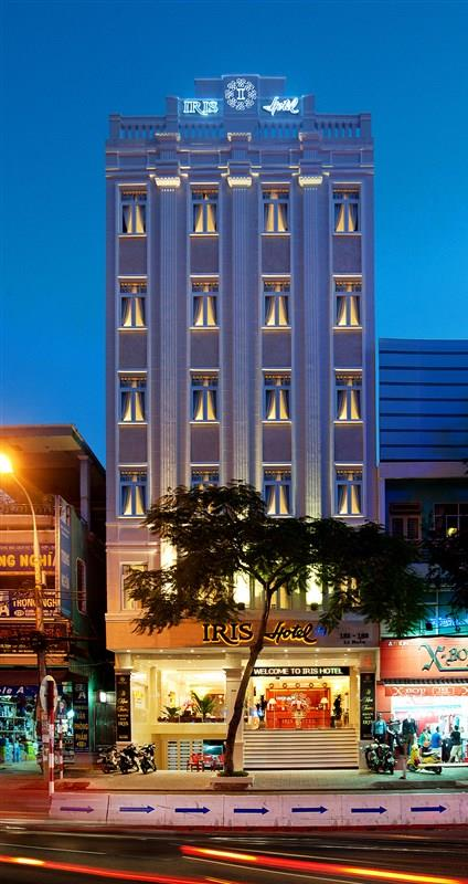 Khách sạn Iris Đà Nẵng nhìn từ bên ngoài