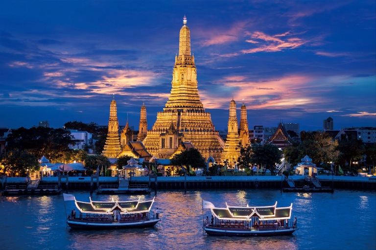 Sông Chao Phraya về đêm