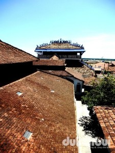 Nhà lớn Long Sơn - Đạo Ông Trần