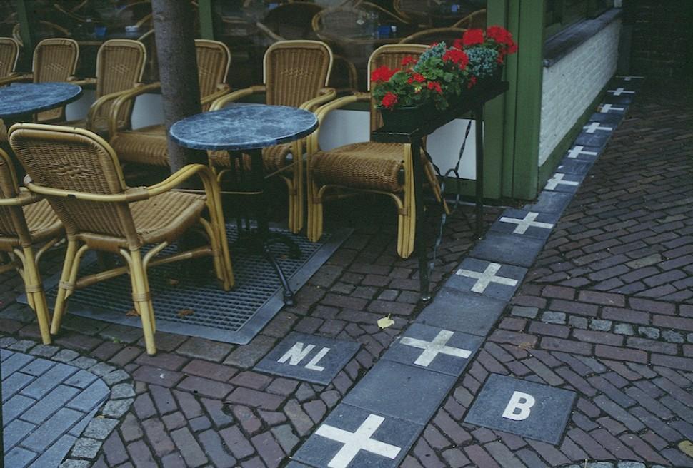 Đường biên giới: Hà Lan - Bỉ.