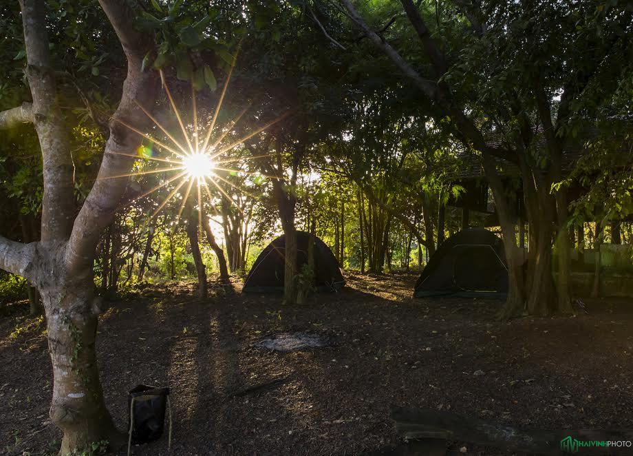 Cắm trại ở Hồ Trị An