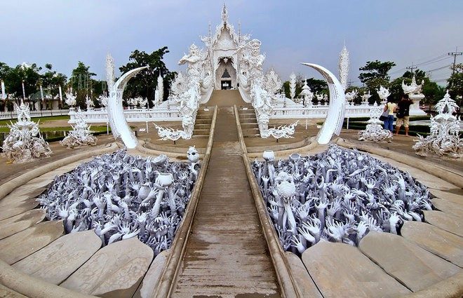 Chùa Trắng, Thái Lan