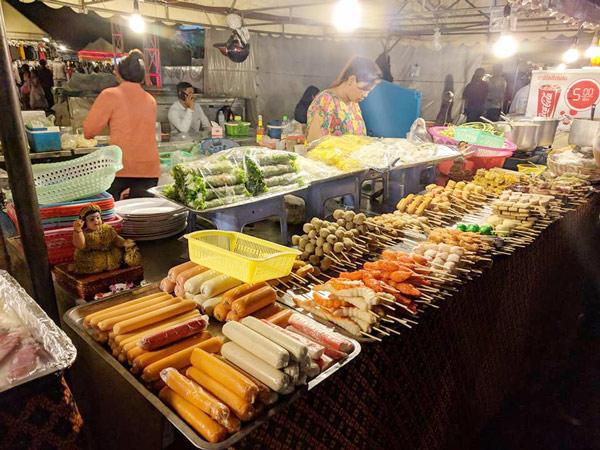 Các món ăn ở chợ đêm Phnom Penh