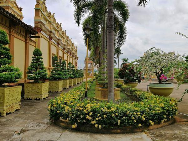 Một góc nhỏ trong chùa Vĩnh Tràng