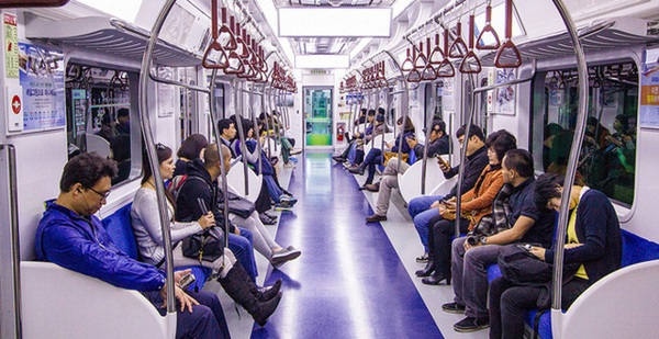 Đi tàu điện ở Hàn Quốc
