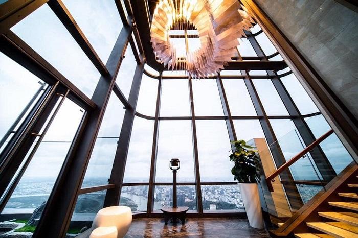 Tầng 80 ở Landmark 81 SkyView - Có cầu thang bộ đi lên tầng 81