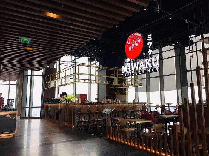 Không gian nhà hàng coffee Miwaku Coffee Lounge ở tầng 79